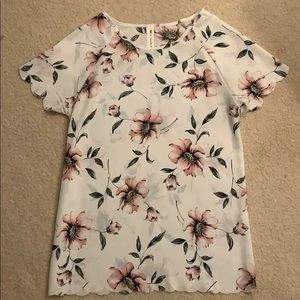 Tops - Scalloped Floral Tee
